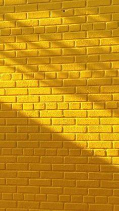 New light yellow aesthetic wallpaper iphone ideas Tumblr Wallpaper, Screen Wallpaper, Mobile Wallpaper, Wallpaper Quotes, Wallpaper Backgrounds, Food Wallpaper, Lines Wallpaper, Solid Color Backgrounds, Fashion Wallpaper