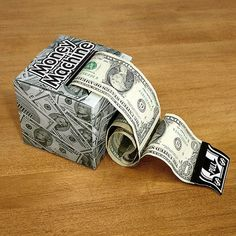 Money Machine™ Gift Box - cute idea for giving money as a gift... Uncle Stan's next birthday. :)