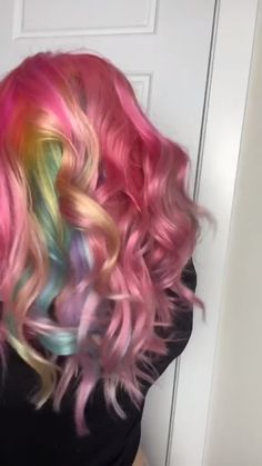 When you can't decide on one color… simply ✨do them all✨ @nadine.xoo got this INCREDIBLE rainbow 🌈 look using AF shades in Virgin Pink, Cosmic Sunshine, Purple Rain, Iris Green and Aquamarine Arctic Fox Hair Dye, Semi Permanent Hair Dye, How To Lighten Hair, Color Melting, Bright Hair, Tropical Vibes, Light Brown Hair, Colored Hair, Free Hair