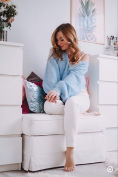 Love Her Style, Style Me, The Girl Who, Cozy Sweaters, Outfit Posts, Fashion Bloggers, Style Inspiration, Outfits, Shopping