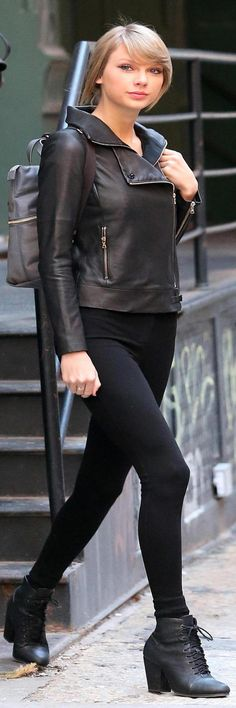 Sexy cover up. Taylor Swift Cute, Taylor Swift Pictures, Fashion Pictures, Trending Memes, Cover Up, Cute Outfits, Leather Jacket, Sporty, Street Style