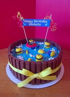Minion hot tub cake