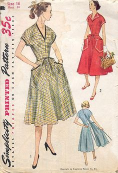 More Colors – More Fall Fashion Trends To Not Miss This Season. 25 Brilliant Outfit Ideas You Will Want To Try – Gorgeous! More Colors – More Fall Fashion Trends To Not Miss This Season. Vintage Outfits, Vintage Wardrobe, Vintage Dresses, 1950s Outfits, Vintage Dress Patterns, Clothing Patterns, Apron Patterns, Retro Fashion, Vintage Fashion