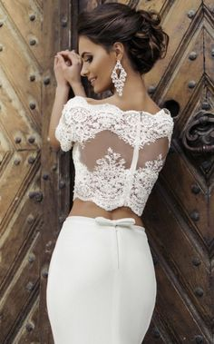 Feminine and oh-so-pretty, we're deeply in love with the incredibly dreamy wedding dresses from Milla Nova 2016 Bridal Collection. 2016 Wedding Dresses, Bridal Dresses, Wedding Gowns, Mod Wedding, Lace Wedding, Mermaid Wedding, Lace Mermaid, Wedding Rehearsal, Elegant Wedding