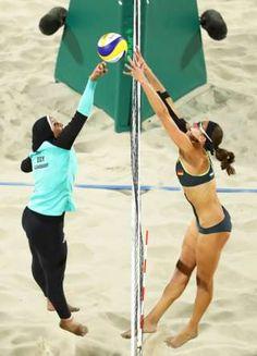 Image copyright                  Reuters Image caption                                      La imagen de la egipcia Doaa Elghobashy y la alemana Kira Walkenhorst.                                Las dos son atletas representan a sus respectivos países en la competencia de voleibol playa femenino en las Olimpiadas de Río de Janeiro. Sin embargo, la imagen ilustra una clara diferencia cultural entre ambas. De un lado de la red está la egipcia