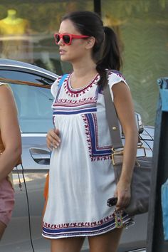 EXCLUSIVE: A pregnant Rachel Bilson seen shopping at Urban Outfitters in Los Angeles