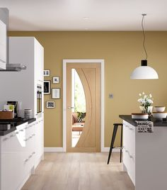 This Salerno Internal Oak Door offers an attractive appearance complete with clear glass feature.