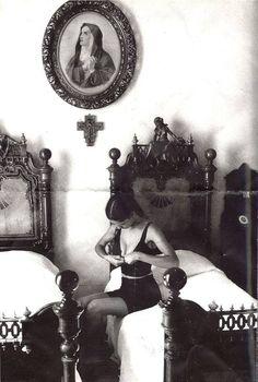 """newmiu: """"Dolce Gabbana 1987 campaign w/ Marpessa by Ferdinando Scianna """""""