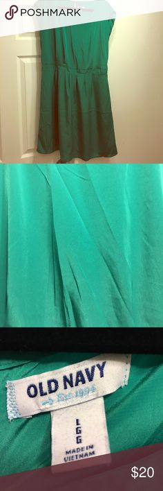 Old Navy Green Dress Old Navy green dress. Satin like material, light weight. Perfect for spring/summer. Lightly worn, excellent condition Old Navy Dresses Mini