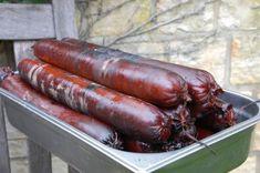 Domácí lovecký salám - Grily Weber Sausage, Meat, Food, Sausages, Essen, Meals, Yemek, Eten, Chinese Sausage