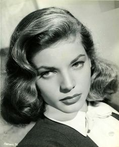 Laughing with the Stars, deforest: Lauren Bacall, c. Old Hollywood Glamour, Golden Age Of Hollywood, Vintage Glamour, Vintage Hollywood, Hollywood Stars, Classic Hollywood, Lauren Bacall, Classic Actresses, Hollywood Actresses