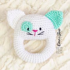 ** INSTANT DOWNLOAD ** THIS LISTING IS FOR A PATTERN ONLY - NOT A FINISHED PRODUCT ✿✿✿✿✿✿✿✿✿✿✿✿✿✿✿✿✿✿✿✿✿✿✿✿✿✿✿✿✿✿✿✿✿✿✿✿✿✿✿✿✿✿✿✿✿✿✿ Makes this cute Little Cat rattle for the baby of the house. It will make to discover new textures, sounds and feelings... and will be an inseparable