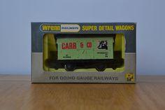 W5027 Refrigerator Van Carr & Co
