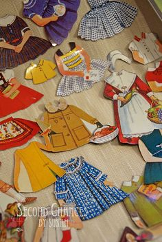 Magnetic paper dolls!  I think I will make this for Aubrie for her birthday!