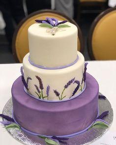 Lavender Cake, Lavender Flowers, Lavander, Lavender Color, Summer Wedding Cakes, Wedding Cakes With Flowers, Creative Cake Decorating, Creative Cakes, Cupcakes