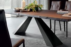 Eliot Wood dining table by Cattelan Italia