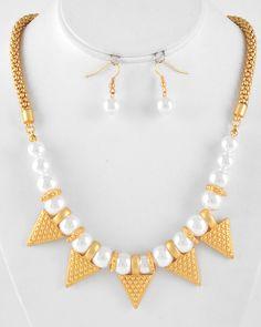 Unique Gold and Pearl Necklace Set.  Visit: www.2chiqueboutique.com