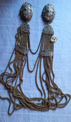 Viking Woman, Viking Age, Norse Runes, Ancient Vikings, Viking Jewelry, Historical Clothing, Fantasy, Tortoise, Jewelery