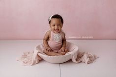 Sitter Session! Pretty in Pink. Baby Photography Los Angeles  www.maxineevansphotography.com
