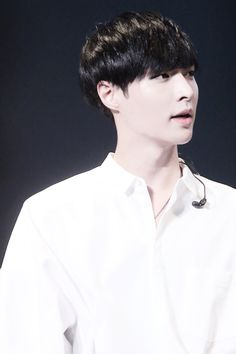 Lay Zhang Yixing EXO-M