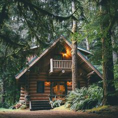 Cabins in the woods Cabins in the mountains Cabins interiors Cabin ideas Cabins and cottages Rustic Chalet Rustic home Log cabin home Log cabin decor Tiny houses Tiny homes Tiny living Adventure Hipster men Hipster women Outdoor lifestyle Small Log Cabin, Little Cabin, Log Cabin Homes, Cozy Cabin, Log Cabins, Log Cabin Exterior, The Cabin, Rustic Exterior, Exterior Design