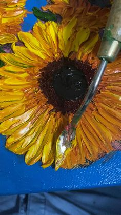 Watercolor Sunflower, Watercolor Art, Acrylic Art, Acrylic Painting Canvas, Texture Painting On Canvas, Sculpture Painting, Diy Canvas Art, Paintings, Drawings