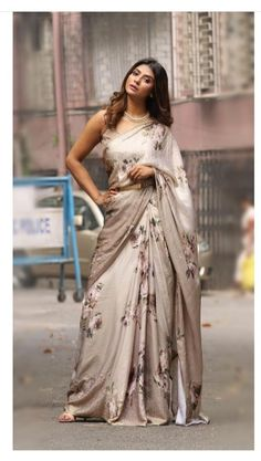 Buy Latest Trend Custom Made Cocktail Party Saree in USA and Canada by Trendylehenga Couture Buy Online Designer Collection, :Call/ WhatsApp us 77164 . Trendy Sarees, Stylish Sarees, Fancy Sarees, Indian Silk Sarees, Indian Beauty Saree, Indian Anarkali, Indian Wedding Outfits, Indian Outfits, Indian Clothes