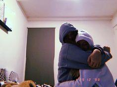 #friendshipgoals #friendspicture #sisters #sisterlove #cute #loveyou #bestfriends #soulmates Cute Friend Pictures, Friend Photos, Cute Friends, Best Friends, Friend Tumblr, Sisters Goals, Friendship Photos, Best Friend Poses, Girlfriend Goals