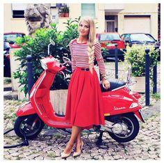 Red Vespa - by Eleonora Sebastiani #skirt #midiskirt #fullskirt