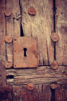 Door | ドア | Porte | Porta | Puerta | дверь | Details | 細部 | Détails | Dettagli | детали | Detalles | via laura b fernandez