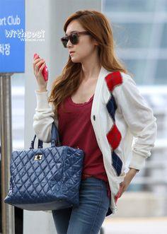 SNSD-Jessica-airport-fashion-4.jpg (600×844)