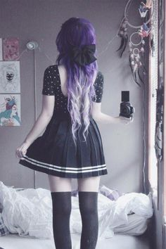 Super cute goth girl <3 Love her hair, dress, everything.