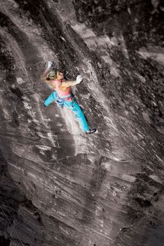 www.boulderingonline.pl Rock climbing and bouldering pictures and news Why Women Should Put