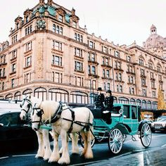 tiffany and co paris | Tiffany and Co. spreads the cheer with their Christmas Carriage across ...