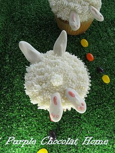 """""""Bunnies in the Grass Cupcakes"""" -- recipes & instructions"""