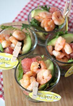 Avocado-Grapefruit-Salat mit Shrimps und Himbeer-Senf-Dressing
