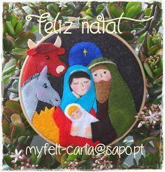 I love this design and be I could actually make this with basic felting tools. It could be a great Christmas gift. Christmas Sewing, Christmas Love, Christmas Crafts For Kids, A Christmas Story, Homemade Christmas, Christmas Holidays, Christmas Gifts, Xmas, Felt Christmas Decorations