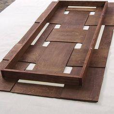 Los cabeceros de cama originales con tiras entrelazadas son una idea de decoración DIY que te va a encantar. Son fáciles de hacer y decoran un montón.