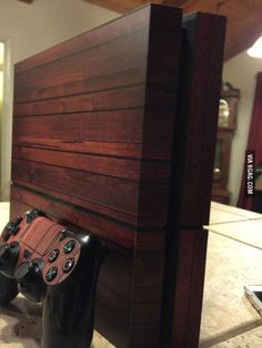 Wooden PS4 skin