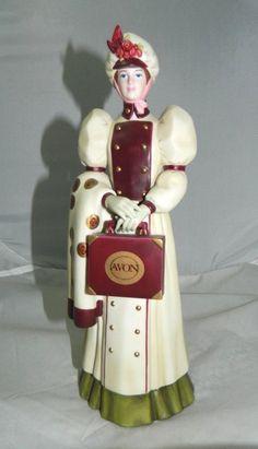 Avon President's Starr Award Figurine Mrs. P.F.E. Albee 2006 Porcelain Full Size.