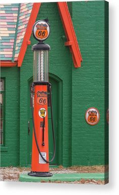 Ethyl Photograph - Phillips 66 With Ethyl Woolaroc Oklahoma by Debra Martz Old Gas Pumps, Vintage Gas Pumps, Phillips 66, Frank Phillips, Super Images, Old Gas Stations, Canvas Art, Canvas Prints, Thing 1