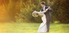 Egal ob kleine Party oder Riesenfete: Musik darf auf keinen Fall fehlen! Hier kommen die schönsten Liebeslieder und Gute-Laune-Songs für deine Hochzeit...