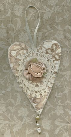 Fabric art heart in off white and beige laces with antique crochet piece via Etsy Shabby Chic Crafts, Vintage Crafts, Heart Wall Art, Fabric Hearts, Shape Crafts, I Love Heart, Lace Heart, Fabric Yarn, Heart Crafts