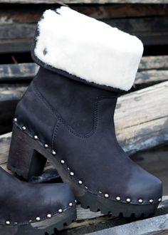 Clogs-Boots Oxana Nubuk schwarz: SOFTCLOX, Germany