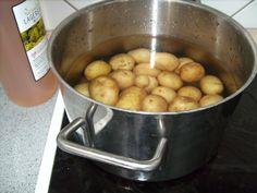 Eddike forhindrer kartoflerne i at koge ud