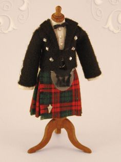 KO/507, tailor's dummy, Scots, boy, scale 1 : 12, made by Will Werson.
