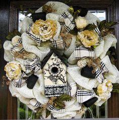 Deco Mesh Burlap BLACK and CREAM BIRDHOUSE Wreath by decoglitz