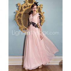 TS Couture® Formal Evening / Black Tie Gala Dress Plus Size / Petite Sheath / Column V-neck Floor-length Chiffon with Appliques / Criss Cross   3223749 2016 –  $109.99
