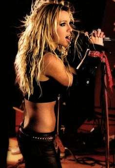 Shakira, Mississippi, Louisiana, Pretty People, Beautiful People, Britney Spears Pictures, Britney Spears Live, Tomboy Look, Britney Jean