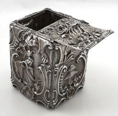 William Pitts antique silver tea caddy London 1814 with tea pickers chased on…